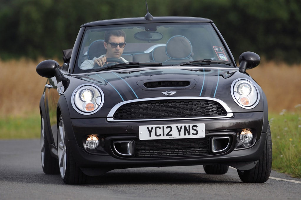 ucra-mini-highgate-cabrio-black-featured