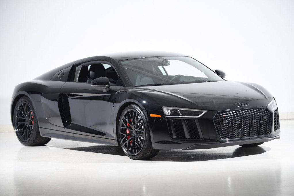 Audi R8 Coupe RWS - Ultimate Luxury Cars Australia