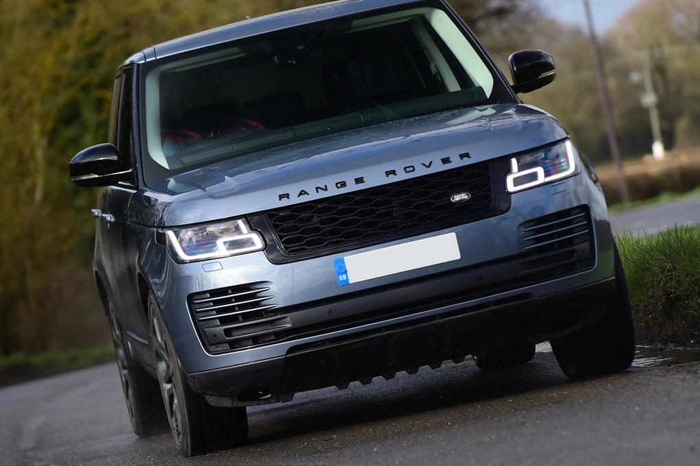 Range Rover Vogue P400 - Ultimate Luxury Cars Australia